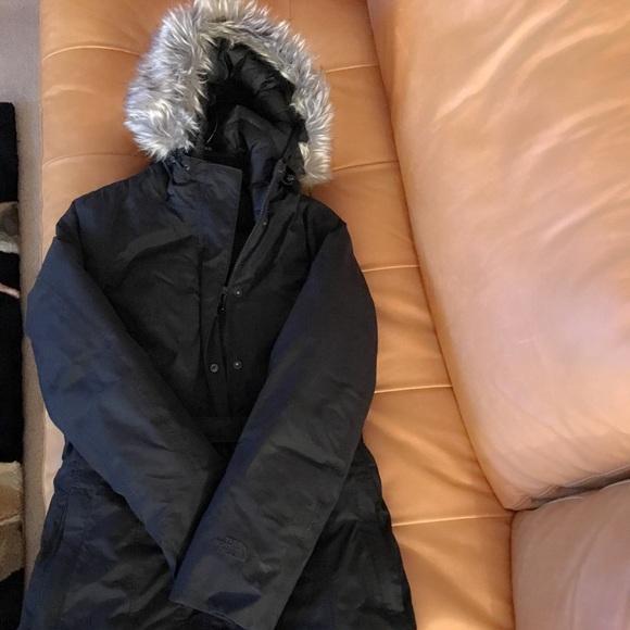 1d2fe08aa4f Northface women's Brooklyn Down Jacket (S). M_5b5bd3f6f4145295aec852d0